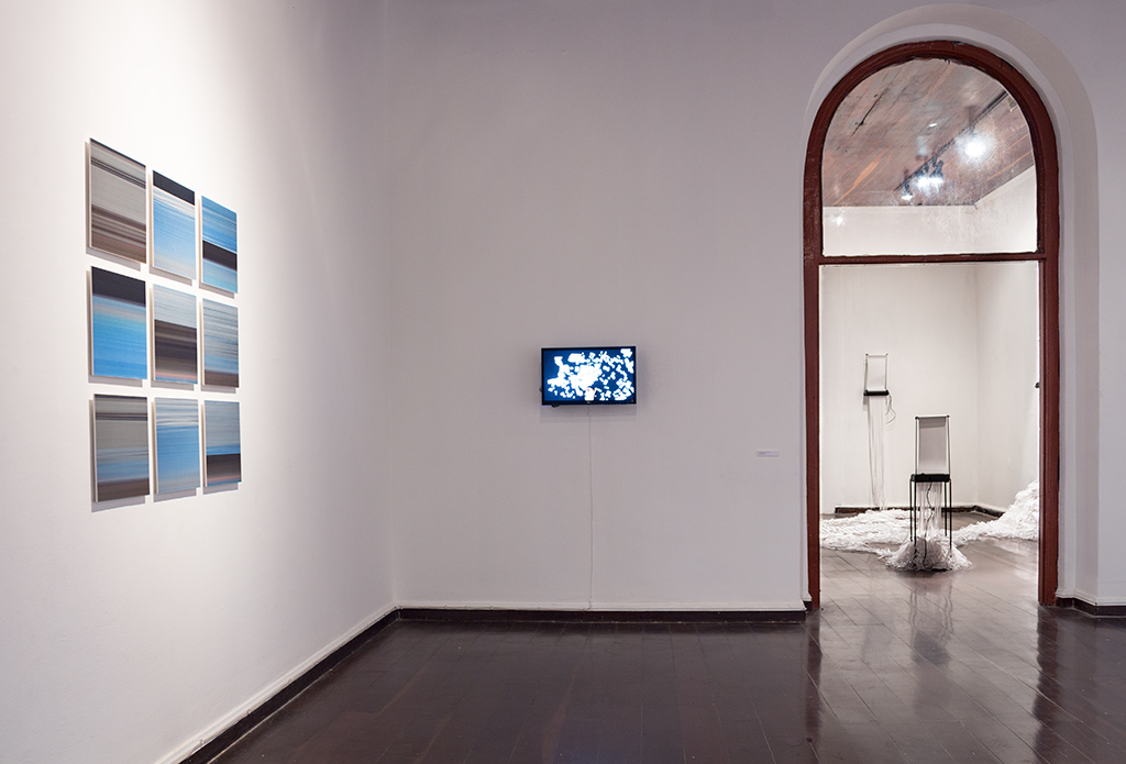 Céus (Skies) on left, Planned City II (Porto Alegre), by Marina Camargo, Continuous, by Daniel Escobar on right